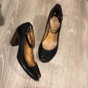 Frye Louise ankle strap black 6